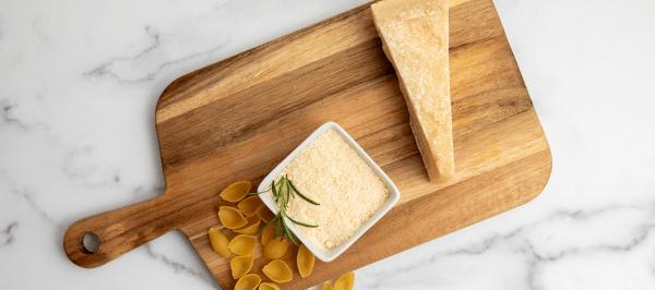 Phantom Gourmet: Parmesan Cheese Taste Test